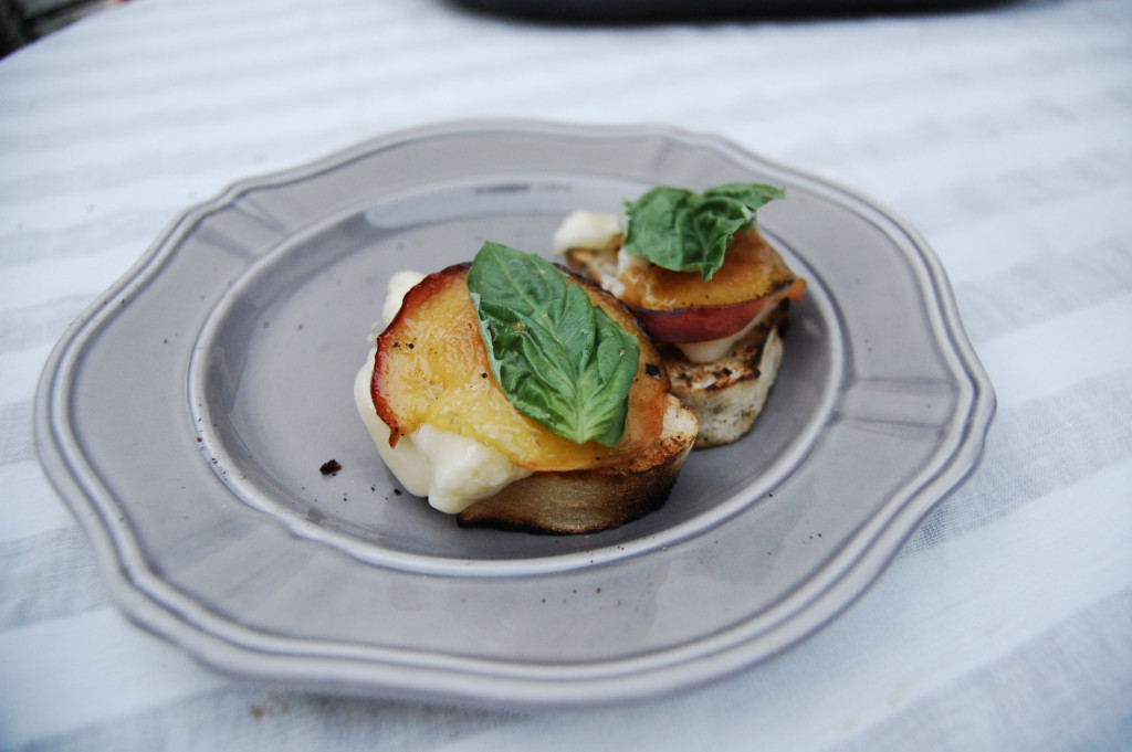 Grilled Peaches and Brie